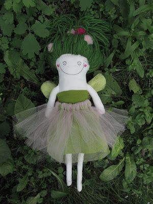 Cruelly Cool: Leśna wróżka życzy wszystkim zielonego dnia!/The f...