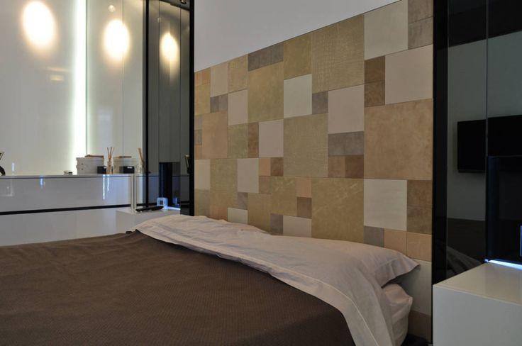 Appartamento Privato - Private Apartment : Camera da letto moderna di MELLINACORTISTUDIO