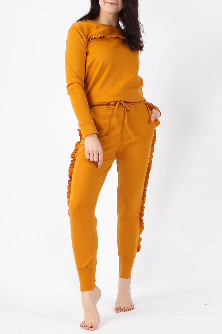 Wholesale Clothing UK, Online Fashion Wholesaler  Manchester & USA - Frill Top & Jogger Lounge Suit