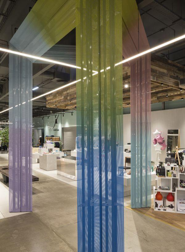 Торговые площади Trend Island в ТЦ «Авиапарк» - Реализованные проекты - Дизайнерские подвесные потолки, вентилируемые фасады, акустические панели PERFATEN
