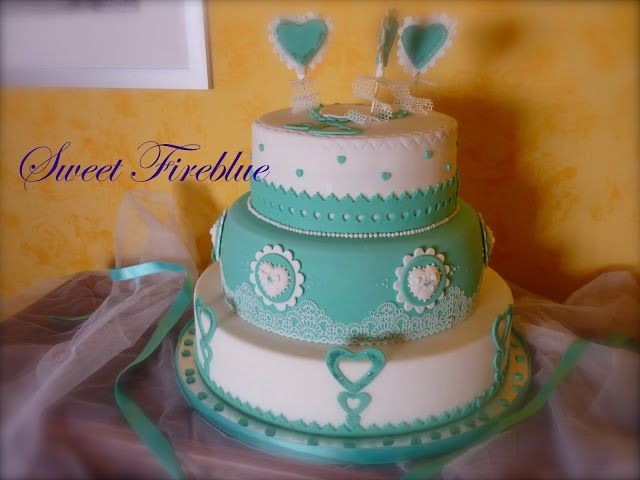 Sweet Fireblue: ✿❀❤Torta blu Tiffany con tanti cuori per la cresima❤❀✿