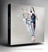 Capas cinematográficas com um design elegante e encantador para introduzir toda beleza das suas fotografias dentro do álbum.