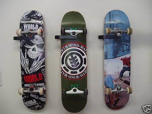 Old-School-Skateboard-Hanger-Display-Rack-Wall-Mount