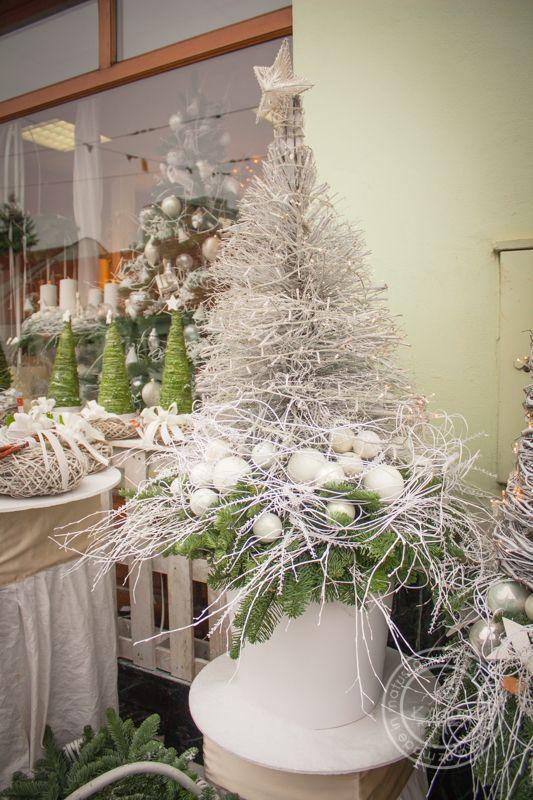 Collection   Рождественская коллекция   Цветы-Петр, Матушка Брно - украшение, флористика, срезанные цветы, свадебные букеты