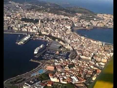 La Coruña desde el aire II - YouTube