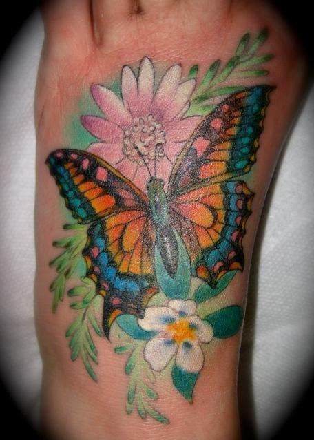 "My tattoo done by ""Ink Master"" Lea Vendetta. I <3 my body art"
