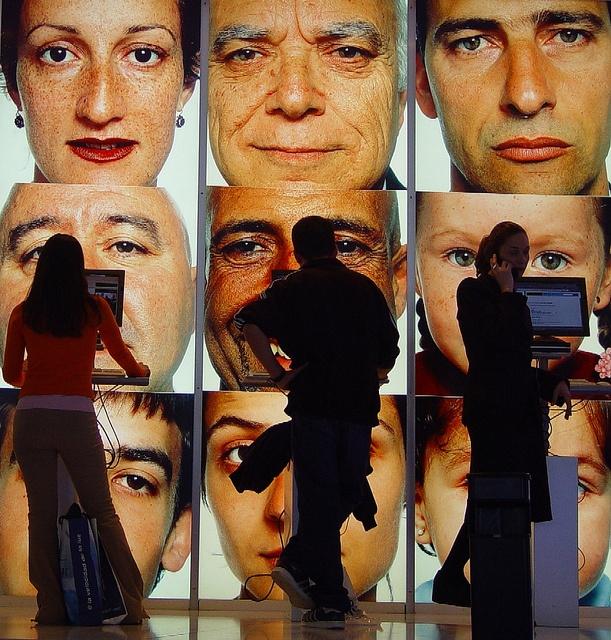 Internetové kiosky v Madridu   Flickr: Intercambio de fotos
