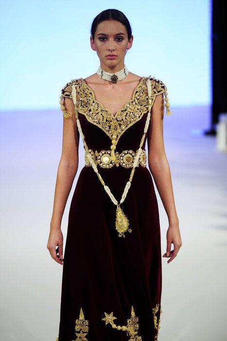 Rym Menaifi For Manouba Couture, Automne/Hiver 2016, Paris ...