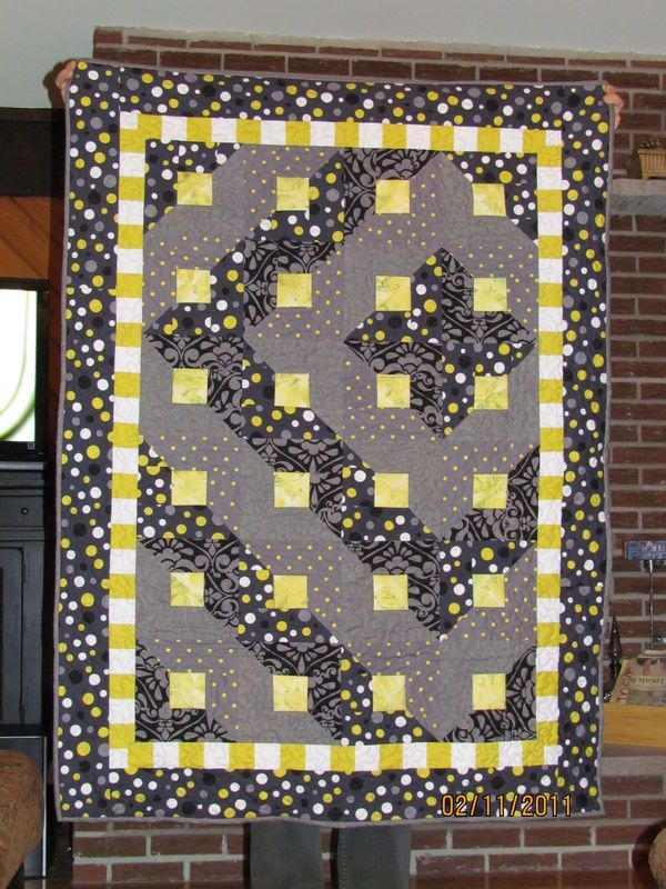 Baby Quilt Patterns Mccalls : 32 best images about Quilts - Paradigm Shift on Pinterest Triangle quilts, Quilt and Mccall s ...