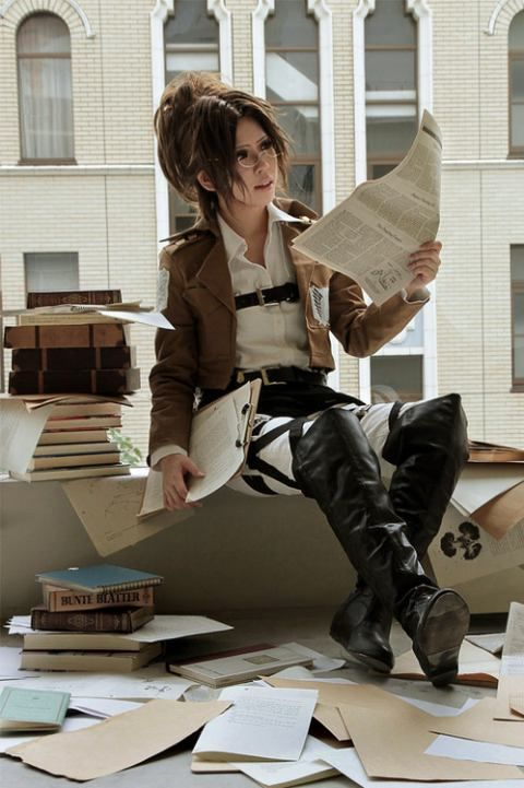 AMAZING cosplay ll Attack on Titan ll Survey Corps: Hange Zoe