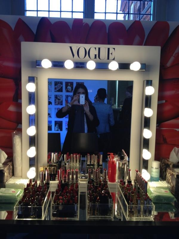 Vogue Dressing Table