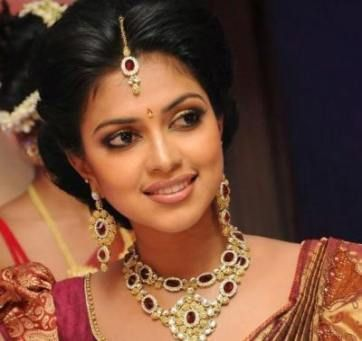 """Newest Absolutely Free Bridal Hairstyles kerala Thoughts You might have previously uncovered """"normally the one,"""" decided on your apparel and also ..."""