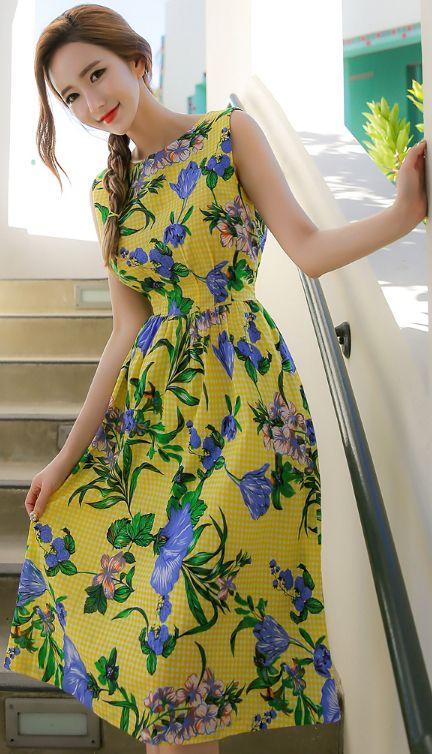 StyleOnme_Floral Gingham Check Print Sleeveless Flared Dress #yellow #floral #elegant #feminine #koreanfashion #kstyle #kfashion #dress #summerlook
