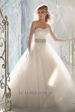 Ball Gown Strapless , Sweetheart Tulle Lace Wedding Dress - IZIDRESSES.com at IZIDRESSES.com