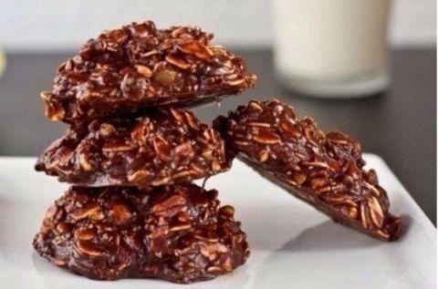 ПРИГОТОВИТЬ ВКУСНОЕ ПЕЧЕНЬЕ ЗА 5 МИНУТ? ЗАПРОСТО!                                    Предлагаем здоровый рецепт шоколадного овсяного печенья быстрого приготовления без выпекания.