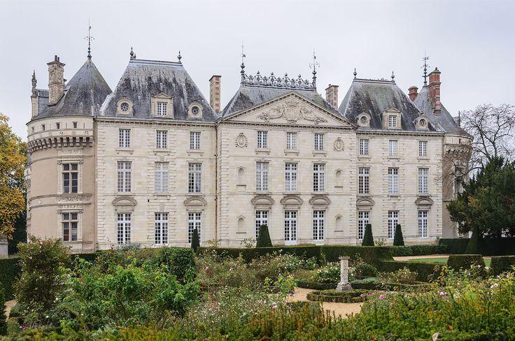 chateau du lude facade est