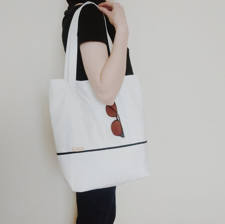 The Daily Tote // 100% cotton twill tote bag shopping bag carry-all lined outer pockets by WhitebirchHandcraft on Etsy