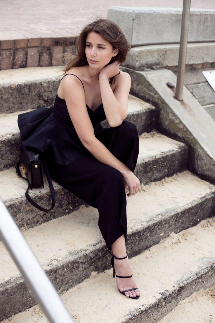 how to wear black in summer #harperandharley