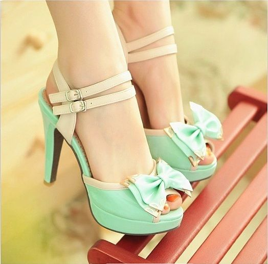 Adorable Mint Bow Heels