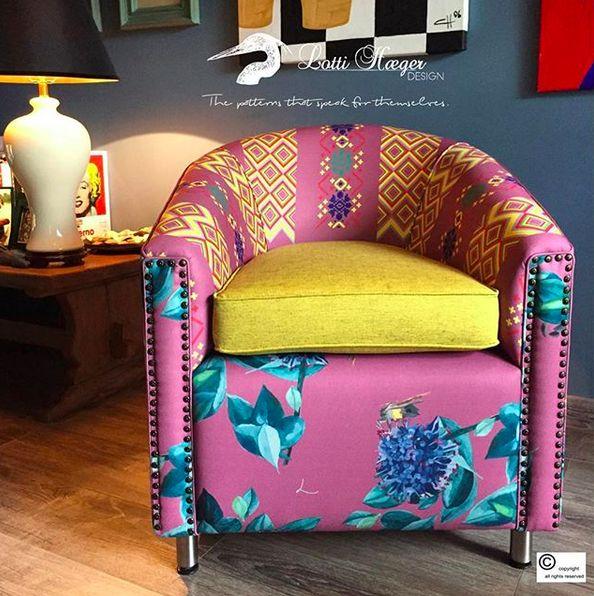 he whole picture, my SNUG chair in soft pink/ toda mi silla SNUG en un rosa suave#lottihaeger #art #architecture #arquitectura #color #chair #colour #colorful #decor #design #designer #elegant #fabric #flowers #furniture #home #homedecor #homedesign #interior #inredning #interiordesign #luxury #merakiudecoracion #pattern #style #textiles #tropical