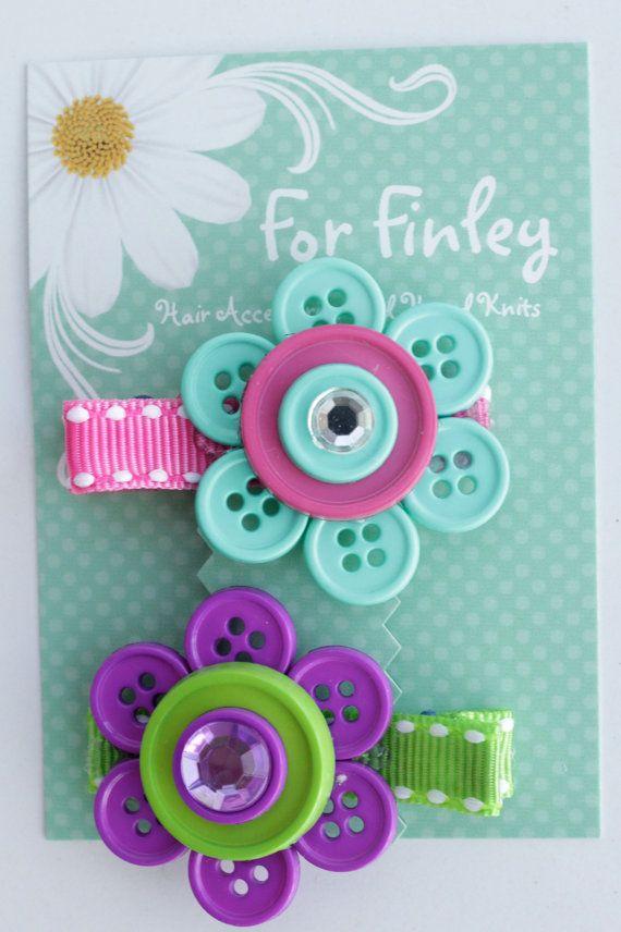 button flower clips