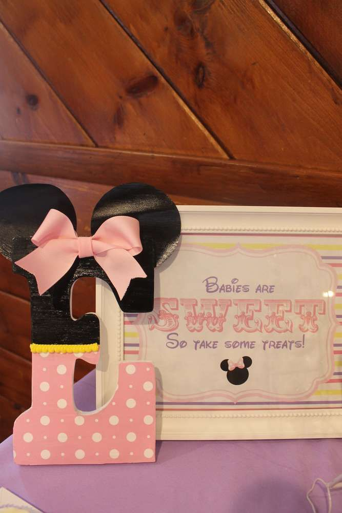 Pastel Minnie Mouse Baby Shower | CatchMyParty.com