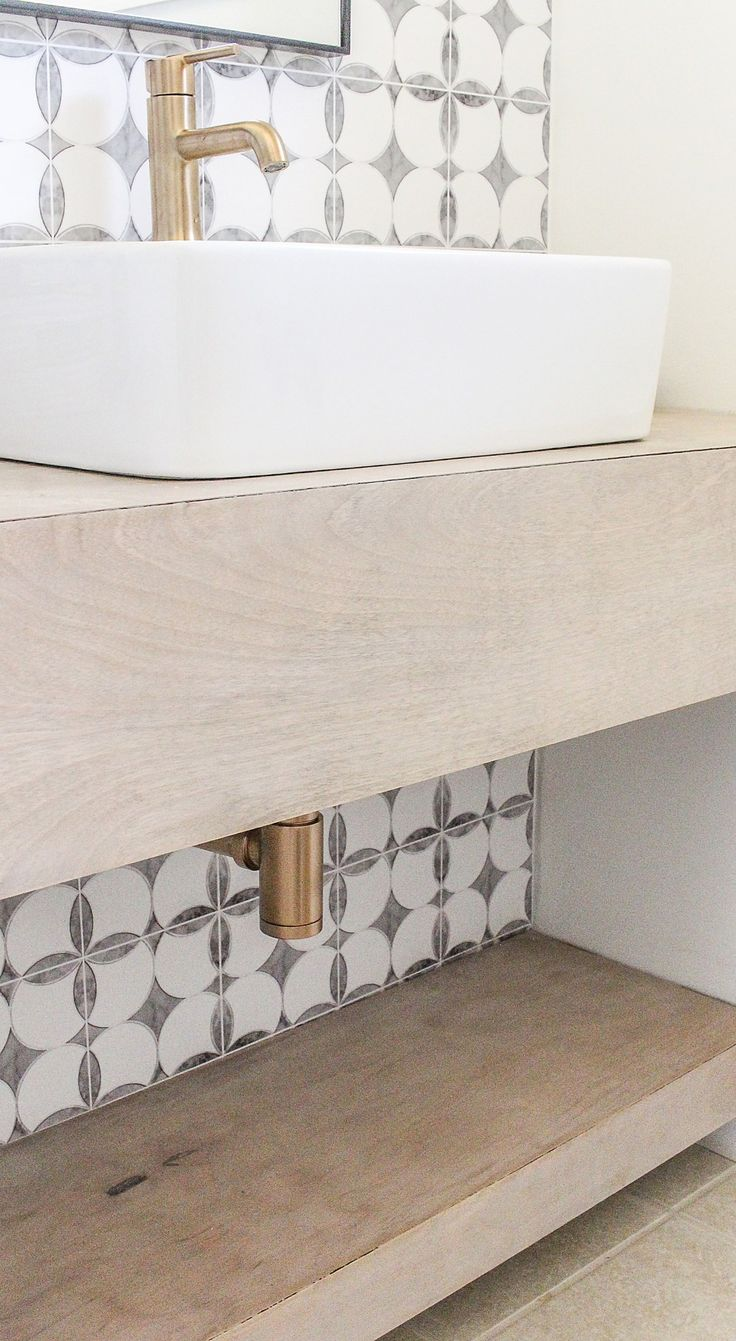 The 25+ Best Floating Bathroom Vanities Ideas On Pinterest