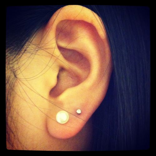 i really want my ears pierced a second time for my 16th!!!!!!