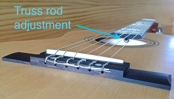 Product review. Fender ESC80 truss rod. Great little student guitar for children aged between 7-10 years.