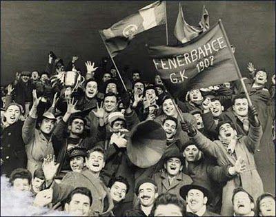 1900'lerin başlarında Fenerbahçe taraftarları