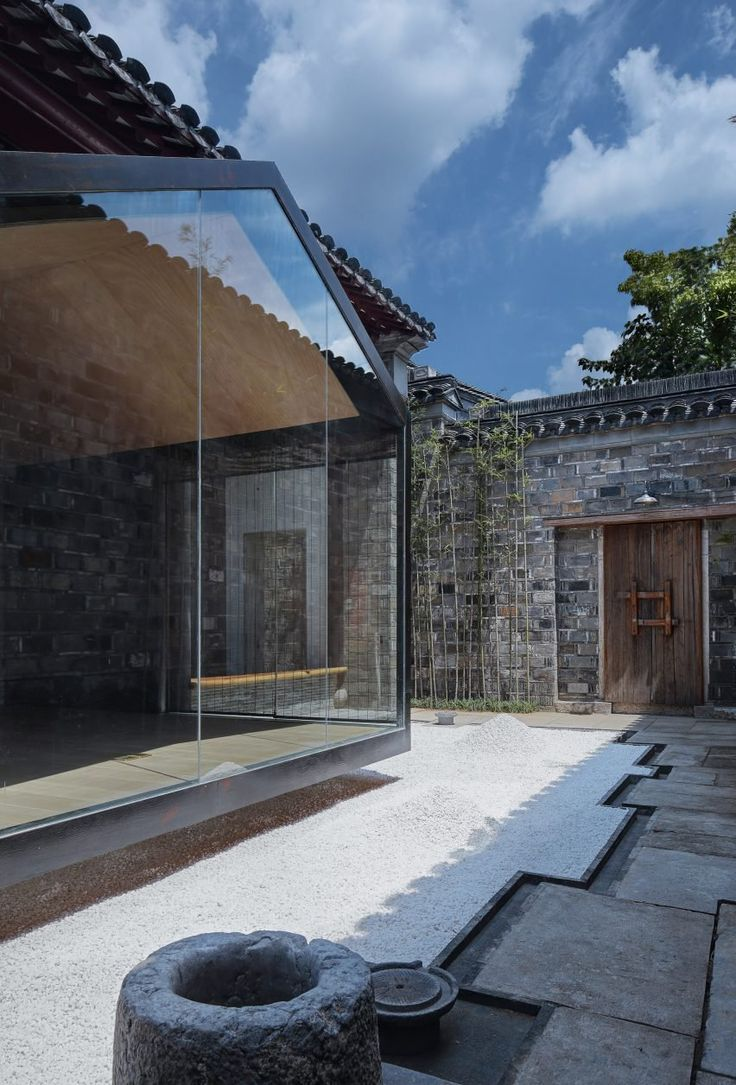 Ancient chinese home interior - A Glazed Meditation Room Overlooks Traditional Courtyard In Nanjing Home House Architecturearchitecture Interiorschinese