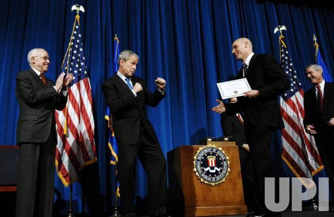 federal bureau of investigations graduation Scrapbooking | ... President Bush attends FBI Academy graduation in Quantico, Virginia