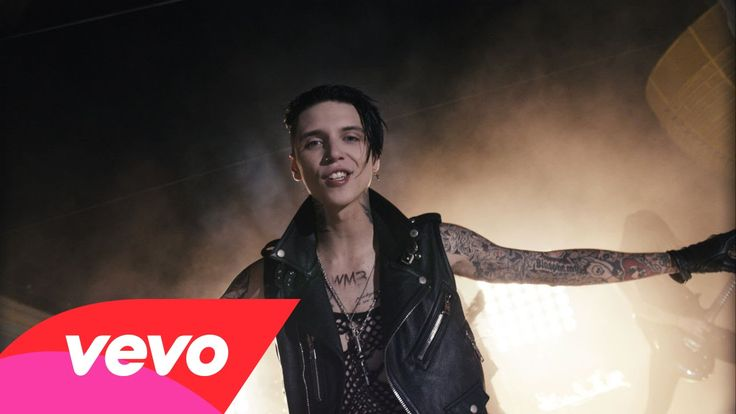 Black Veil Brides - Heart Of Fire Yaaass! I freakin' love it! They are just so freakin' awesome!