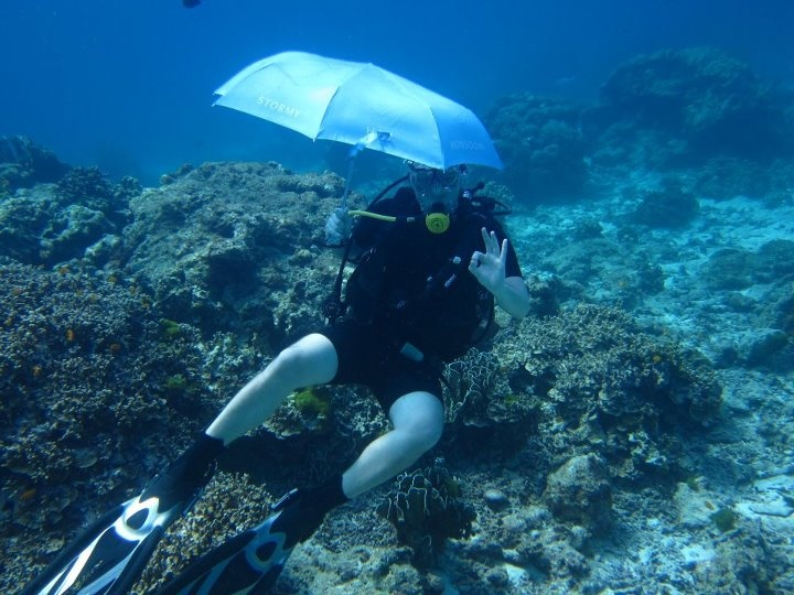 Senior Account Manager, Toby Hunt, takes the SilverDoor umbrella to Thailand