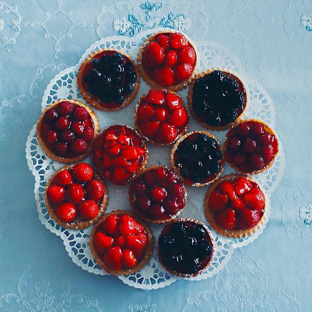 berry pies, gourmet food.