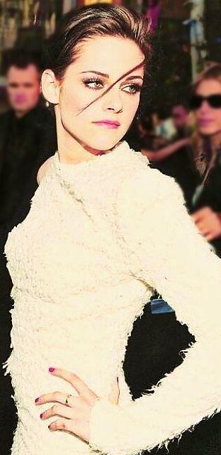 Kristen Stewart's - event dressing.