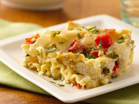 Make-Ahead White Chicken Lasagna - Looking for a make-ahead dinner using Progresso® chicken broth? Then try this cheesy casserole that's layered with chicken and lasagna. Perfect if you love Italian cuisine.