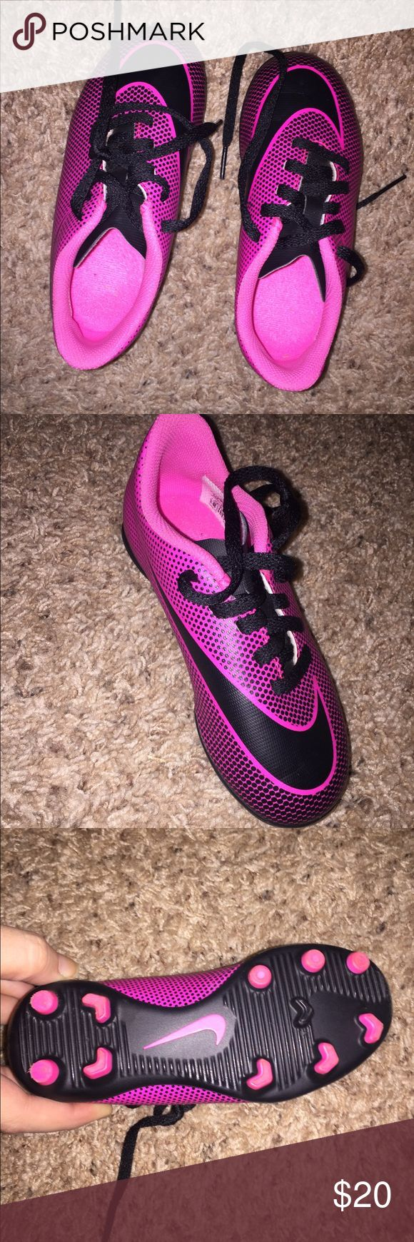 NIKE TODDLER CLEATS SIZE 10C Worn maybe 3 times indoors. Just grew right out of them! Box included. Nike Shoes Sneakers