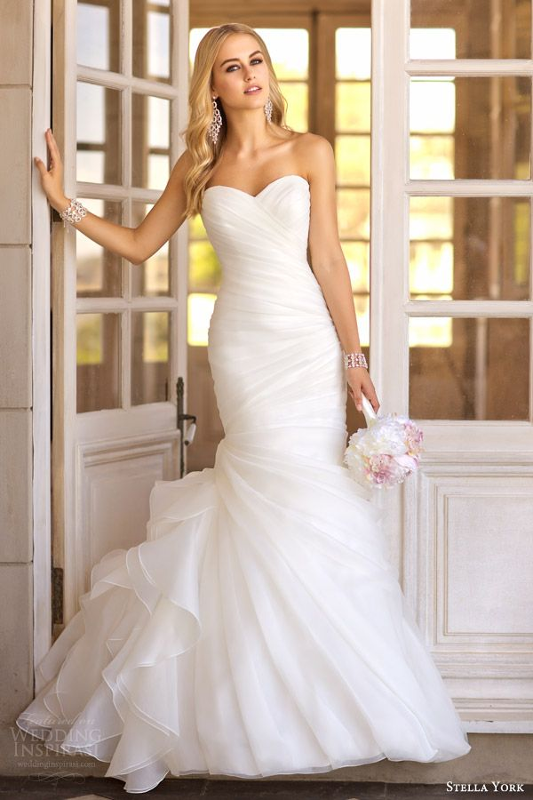 Essense of Australia, Martina Liana & Stella York Wedding Dresses — 2014 Bridal Collections Highlight | Wedding Inspirasi