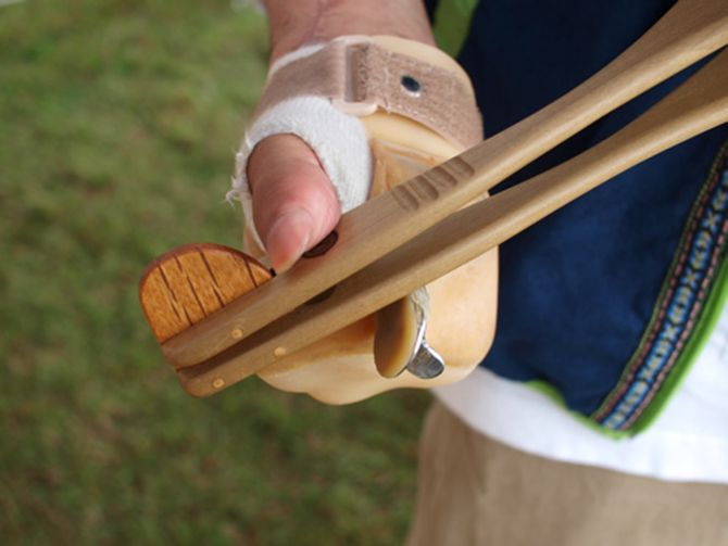 Miyabow chopsticks for physically challenged