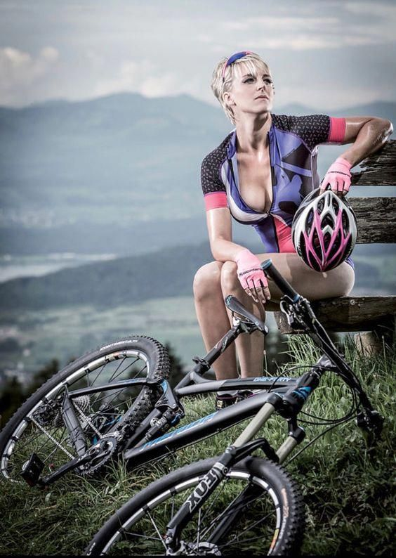 Best Mountain Bike Under 300 Dollars Bestwomensbike With Images Cycling Girls Bicycle Bicycle Girl