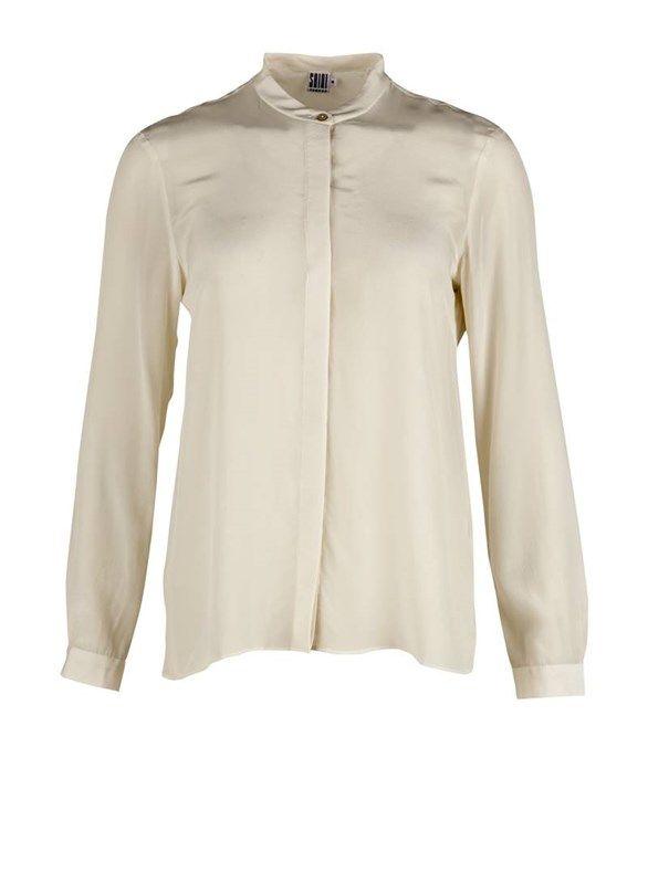 Silke skjorte med knaplukning - creme