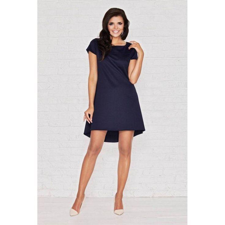 Granatowa sukienka Infinite You M003 to model o asymetrycznej długości. Sukienka wykonana jest z wysokiej jakości elastycznej dzianiny. Z tyłu piękna kontrafałda. #dresses #fashion #trends #style
