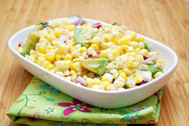 What's Cookin, Chicago?: Fresh Corn & Avocado Salad