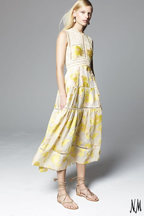 This light, lemon colored floral by Rebecca Taylor doubles perfect for brunch or the beach. Pair with nudes and light accessories to ensure a simple but sweet ensemble.