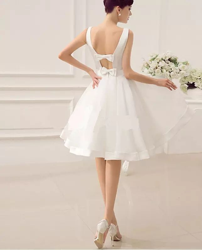 I found some amazing stuff, open it to learn more! Don't wait:https://m.dhgate.com/product/cut-out-backless-satin-knee-length-wedding/211455093.html