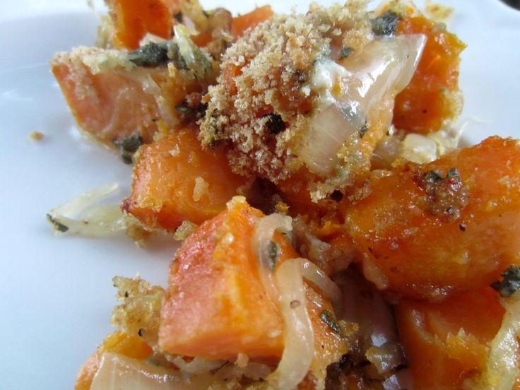 Sweet potatoes with caramelized onions and blue cheese