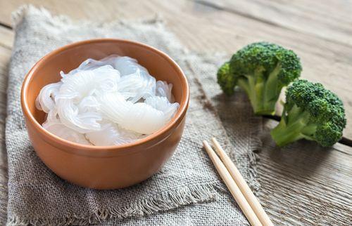 Shirataki Nudeln: Warum jeder die Null-Kalorien-Pasta kennen sollte