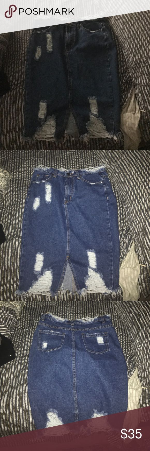 Misguided distressed jean skirt Super cute mid length skirt size 6 Skirts Midi