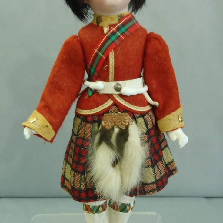 https://www.ebay.com/itm/All-Original-Antique-Hermann-Steiner-Bisque-head-Scottish-clothes-9-Mignonette/401395320991?hash=item5d7506889f:g:3L4AAOSwbURZqKL1